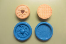 MINI JAMMY DODGER X 2  SILICONE MOULD for Sugarcraft, Polymer Clays,Food,Soap