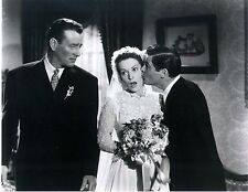 RARE STILL JOHN WAYNE FROM THE QUIET MAN WITH MAUREEN O'HARA KISSING THE BRIDE