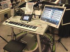 Monitor für Keyboards YAMAHA Tyros 2 3 4 Tyros 5 PSR-S970 auf Stativ k0914