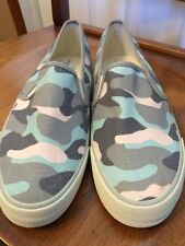 American Eagle Outfitters Women's Camouflage Canvas Slip On Sneakers Size 9 New