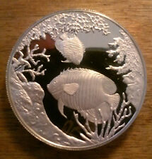 STUNNING QUEEN ANGEL FISH 20 CROWN SILVER PROOF COIN DATED 1999 TURKS & CAICOS