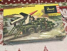 Revell 1/40 Scale Model Kit Lacrosse Missile With Mobile Launcher NEW