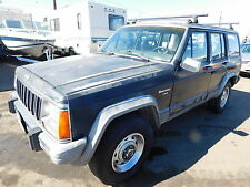 Jeep: Cherokee 4dr Wagon La
