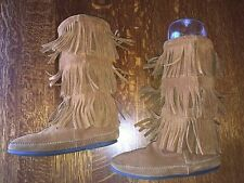 Minnetonka Moccasin Brown 3 Layer Fringe Suede Boots Sz 8 Medium