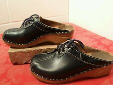 Women's Vtg Navy Blue Leather BASTAD-ORIGINAL Sweden Wood Clogs Mules Shoes Sz35
