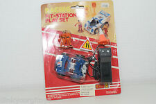 K TOY VW VOLKSWAGEN BEETLE R/C RADIO CONTROL RACING PIT STATION MINT BOXED