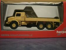 Herpa LKW MB Zetros 6x6 Pritsche The world is w Japan