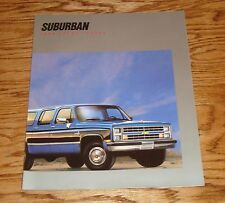 Original 1988 Chevrolet Truck Suburban Sales Brochure 88 Chevy