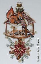 PLAUENER SPITZE ® Fensterbild WINTER Weihnachten EICHHÖRNCHEN Tiere VOGELHAUS