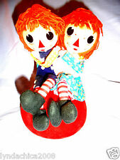 VINTAGE Raggedy Ann & Andy Music Box 1972 (8.5 INCHES) ***Works amazing***