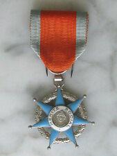 Médaille de Chevalier du Mérite Social, en argent