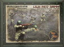 Wargames Factory: 28mm WWII Red Army Infantry Platoon Late War (31 Figures)