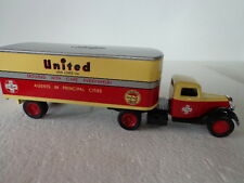 ERTL1937 FORD TRACTOR/TRAILER LIMITED EDITION UNITED VAN LINES 1 OF 2400