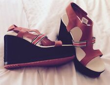 Original new Lacoste leather sandals wedges Size 7 (40,5)