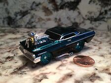 MUSCLE MACHINES 62 PONTIAC CATALINA DIE CAST CAR 1/64 SCALE 1962 GREEN