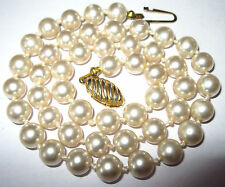 Pretty VINTAGE Simulated Faux Pearl Glass BEAD Individually Knotted NECKLACE