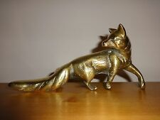 BEAUTIFUL VINTAGE SOLID BRASS FOX STATUE / FIGURINE ORNAMENT - EXTREMELY HEAVY!
