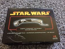 Master Replicas DARTH TYRANUS SW-320 Star Wars LIGHTSABER .45 epiii rots READ