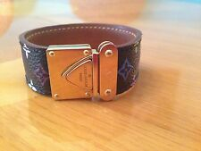 LOUIS VUITTON FRANCE RARE LADIES BLACK CUFF BRACELET WITH LV MONOGRAM, SN 0036 s