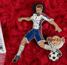 Hard Rock Cafe Pin BALTIMORE SOCCER PLAYER usa team lapel logo maryland male hat