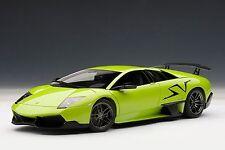 AutoArt Lamborghini Murcielago LP670-4 SV (Green Ithaca) 74627