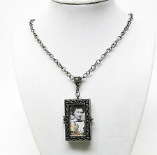 "Antique Silver Plated Oblong Glass Photo Locket Pendant Necklace (20"")"