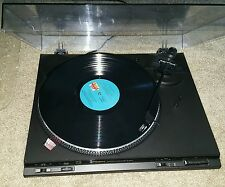 Technics Turntable SL-BD22 - Powers up, Needs Belt - For Parts or Repair!