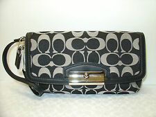 New COACH F48980 Kristin Signature Sateen Large Clutch Wristlet Black White