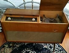 GRUNDIG MAJESTIC MODEL 7015 - MID CENTURY TUBE STEREO - NEAR MINT!