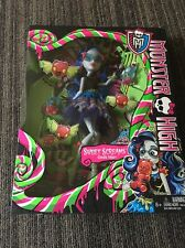 Monster High Doll Sweet Screams -Ghoulia Yelps
