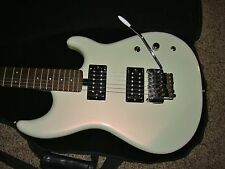 VINTAGE YAMAHA SE350H ELECTRIC GUITAR PEARL WHITE MADE IN TAIWAN WITH BAG