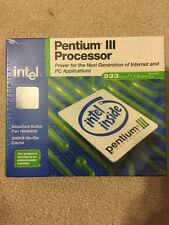 Intel Pentium III 933MHz (BX80526U933256E) Processor Factory Sealed Box