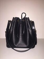 Auth Louis Vuitton Black Petit Noe Epi Leather Shoulder Bag