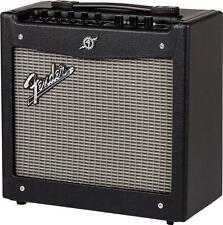 "Fender 2300100000 Mustang I V.2 1x8"" 20-Watt Combo Guitar Amplifier"