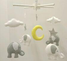 BIANCO e grigio chiaro Elefante mobile-con stelle e nuvole Baby Mobile