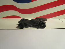 HOTWHEELS RETRO ENTERTAINMENT BATMAN VS SUPERMAN BATMOBILE LOOSE REAL RIDERS