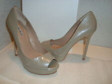 Charles David Womens NWB Vacci Fossil Patent Taupe Heels Shoes 7 MED NEW