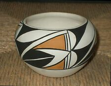 ACOMA Signed D. CHINO - Hand Coiled Native American Pottery / The Four Corners