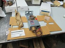 Johnson Controls Penn Differential Pressure Control #P74EA-8C Opens 3 PSI (NIB)