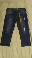 NWT Jeans Denim Butterfly Embossed Cropped Jeans, Sz 8 Distressed 5 Pocket
