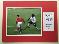 "MANCHESTER UNITED RYAN GIGGS SIGNED 16""X12"" DOUBLE MOUNTED PICTURE DISPLAY"
