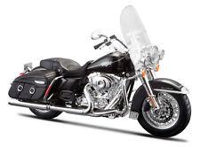 Harley Davidson Modèle, 2013 FLHRC Road King Classique, Maisto Moto 1:12
