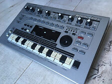 Roland MC303 Groovebox