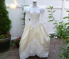 Vintage Ron Lovece Chanpagne & White Lace Wedding gown Size S