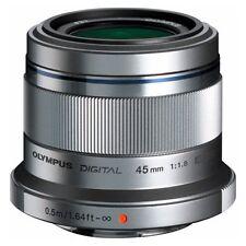 Olympus M.Zuiko Digital 45mm 45 1,8 1.8 Objektiv silber Olympus-Fachhändler