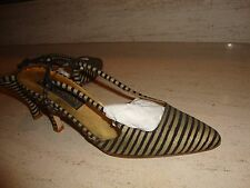 STYLISH AND RARE DONNA KARAN COLLECTION STRIPED LEATHER SLINGBACKS