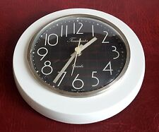 Vintage Retro Timemaster Kitchen Wall Clock - Quartz - Made In East Germany