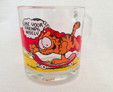 1978 McDonalds GARFIELD + ODIE SKATEBOARD GLASS MUG - Use Your Friends Wisely