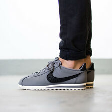 Nike CLASSIC CORTEZ LEATHER SE Trainers Gym Fashion - UK Size 8 (EUR 42.5) Grey