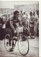 photo presse cyclisme  DUSSAULT remporte la 1er etape du   TOUR DE FRANCE 1949
